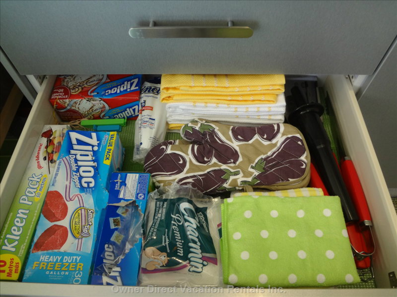 Kitchen Drawer #2 - Pot Holders, Dishcloths, Bbq Tools, Etc.