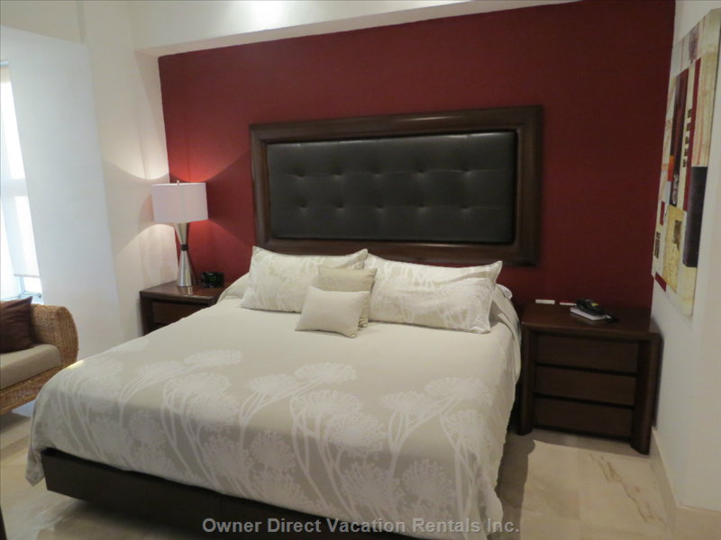 Master Bedroom with Sitting Area and Adjoining Full Bath Suite and Walk in Closet