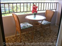 Comfortable Exterior Table and Chairs - Wicker Table and Chairs for Dining Or Relaxing.
