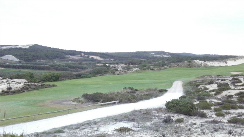Praia Del Rey Golf Course 25kms Away