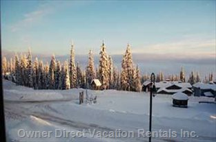 Uninterupted View of Monashee Mountains