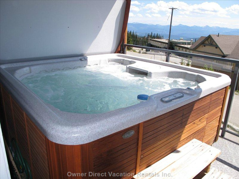 Deck Hot Tub - 7 Person Hot Tub on your Private Deck Overlooking the Monashee Mountain Range.