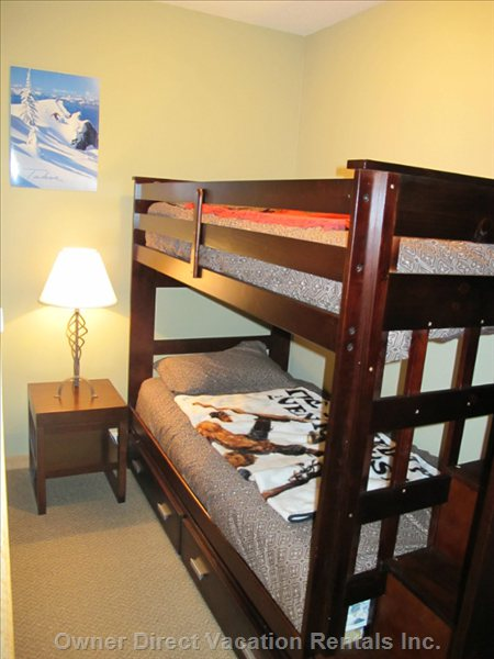 "Den - the Den has an xbox360 with Games on a 32"" Lcd/Hd TV.  Great Separate Gaming and Sleep Area Bunkbed with Stairs"