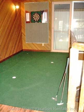 Common Game Room with Mini Fun Put Green.