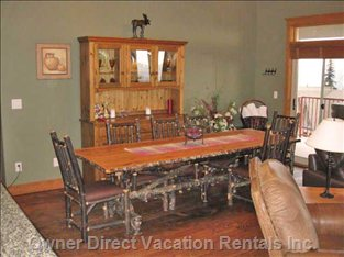 Pickelwood Dining Set Adds Rustic Charm and Feel