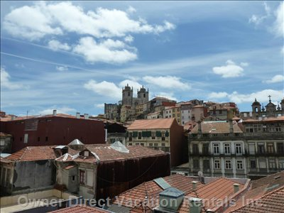 Enjoy the Apartment View of Porto's City Center