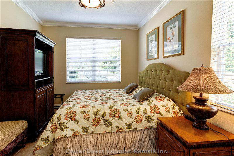 Orlando furnished apartment rental owner direct Master bedroom upstairs or downstairs