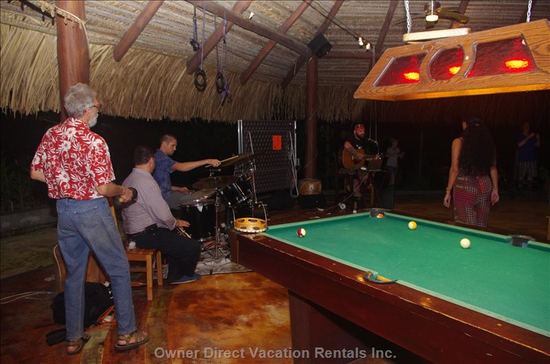 Club Bar with Pool Table, Ping Pong Table and Food Options