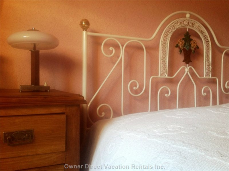Romantic Ensuite Bedroom