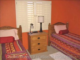 3rd Bedroom - 2 Single Beds