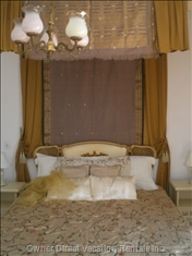 Bedroom - Enjoy the Finest Imported 400 Count Sheets, Goose down Pillows, and Embroidered Damask Bedspreads