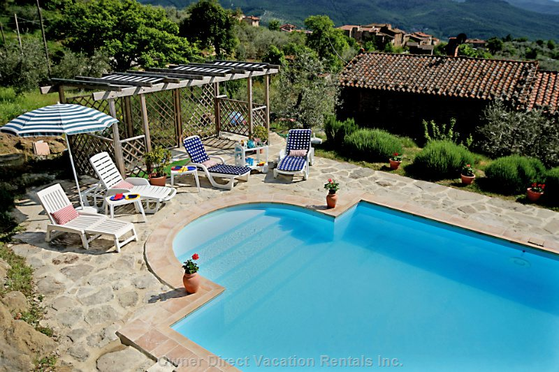 Pool Pergola and Casa - up 2 Terraces from the Apartment, Wide Views over Umbria