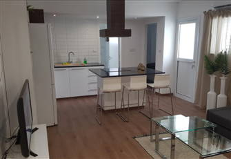 Fully Renovated City Center 1 Bedroom Apartment