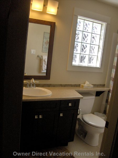 Four Piece Bathroom off the Upstairs Loft Area