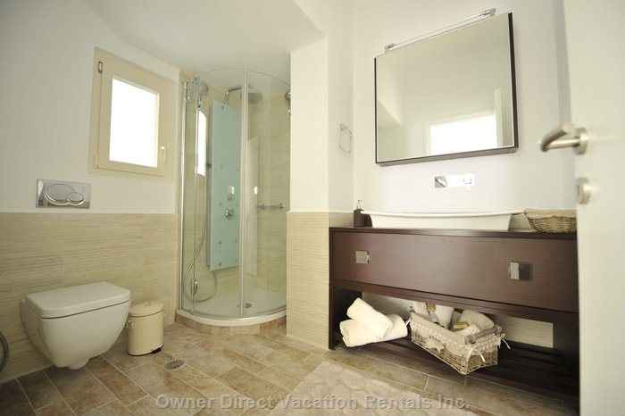 Bathroom Villa 2