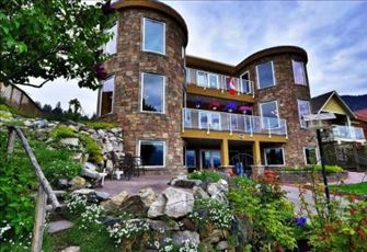 Lavish Lakefront Castle at the Jewel of Okanagan, Executive Furnished