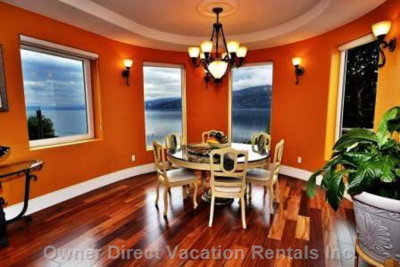 Round Lakeview Dining Room