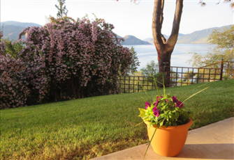A Comfortable 2 Bedroom Suite for your Vacation in the South/Central Okanagan