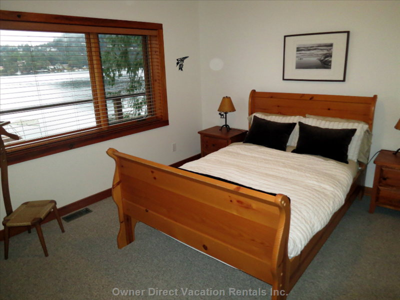 Bedroom 3 - Queen Bed and Ocean View