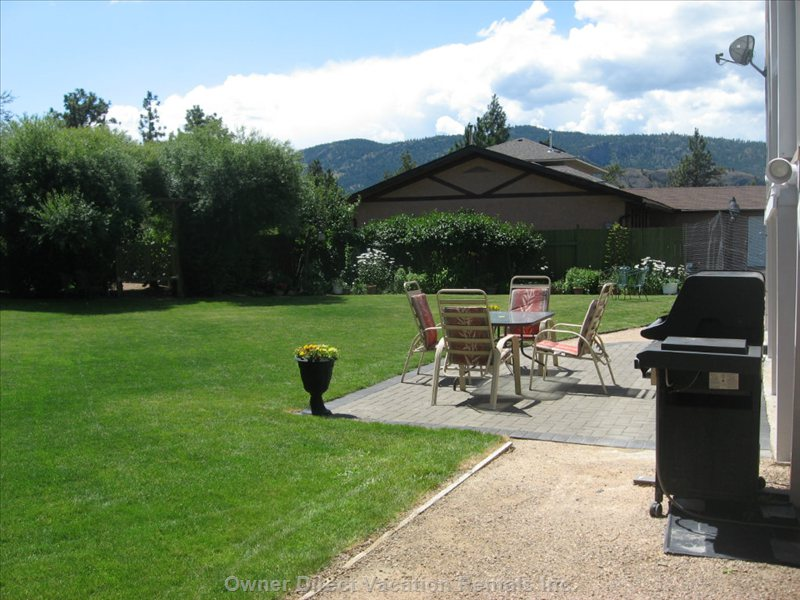 Patio and Natural Gas Bbq - Meals May Also be Served at Ground Level on this Patio Area, Closer to the Bbq and Yard Area