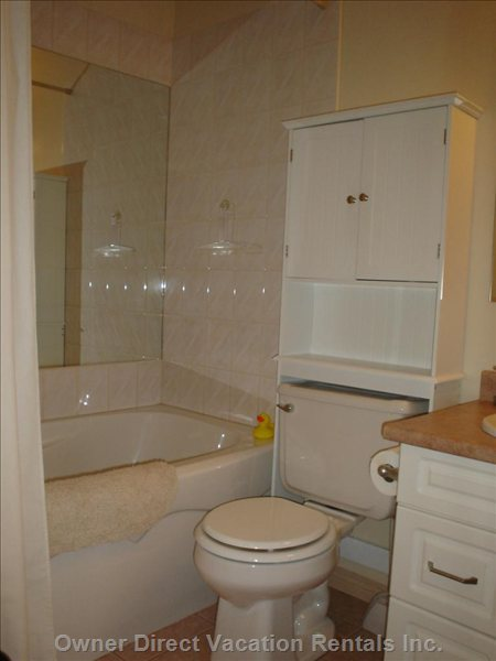 Full 4 Piece Bathroom