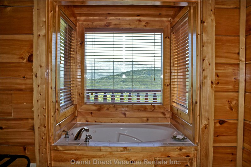 Jacuzzi Tub in Master – Glass Enclosed – 3 Sides of Mountain Views
