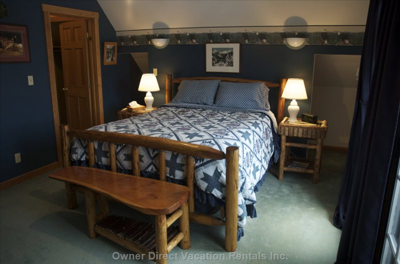 Eagles Nest - one Queen Size Bed and Futon