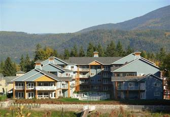 Luxury Waterfront Ground Floor Condo with Boatslip on Shuswap Lake at Sicamous