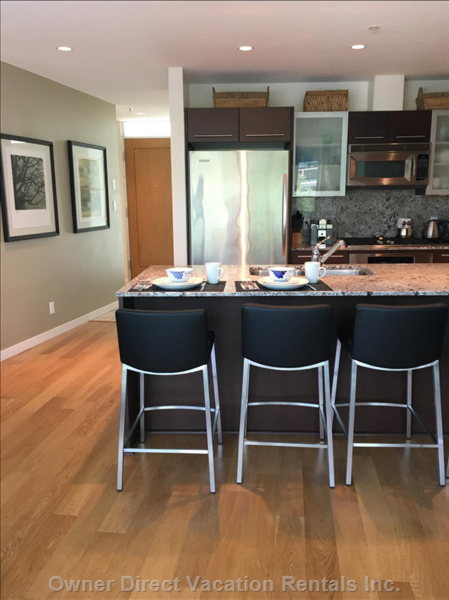 Kitchen High End Appliances and Granite Countertops