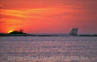 Sail Sunset at Playa Tamarindo