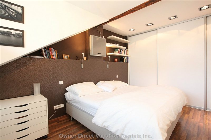 The Master's Bedroom is Very Quiet, Air-Con, with Spacious Wardrobe.