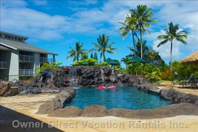 Cliffs New Pool