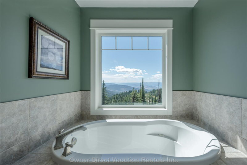 Master Bedroom Soaker Tub.  Too Bad about the Terrible Views!
