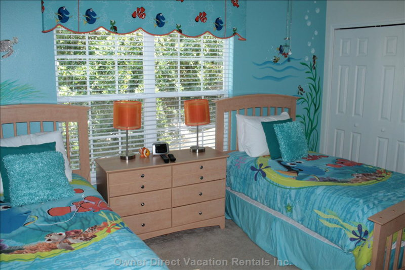 Nemo Themed Room with 2 Twin Beds