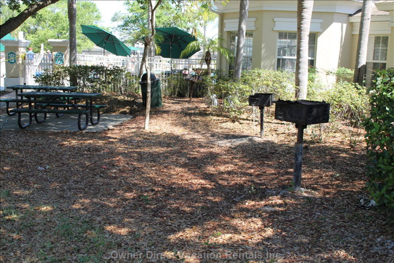 Barbecue Area behind the Clubhouse