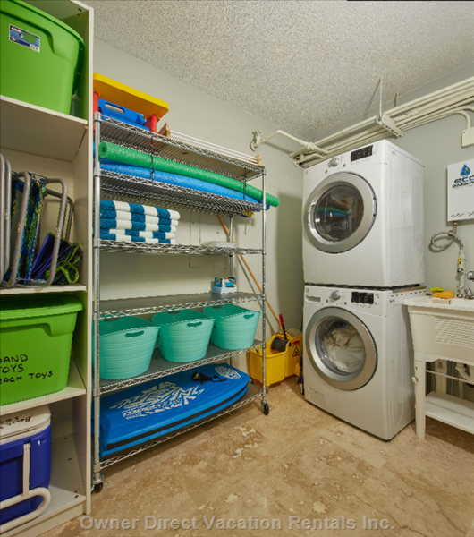 Full Laundry and Everything you Need for the Beach and Pool. Beach Chairs and Towels Provided