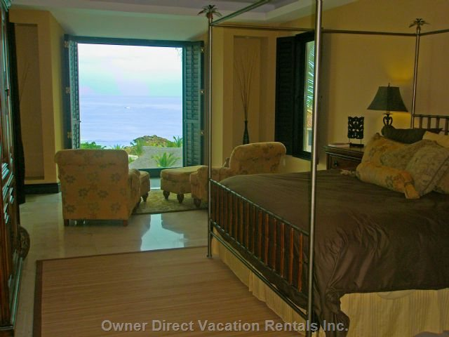 Mater Bedroom with Ocean Veiw