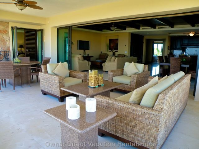 Beautiful Furnished Lanai with Additional Dining Area