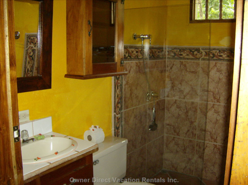Hotel LA Palapa Ecolodge Resort - Bathroom. Similar to, but May Not be Exact.