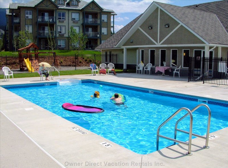 Complex Outdoor Heated Pool (Summer Months Only)