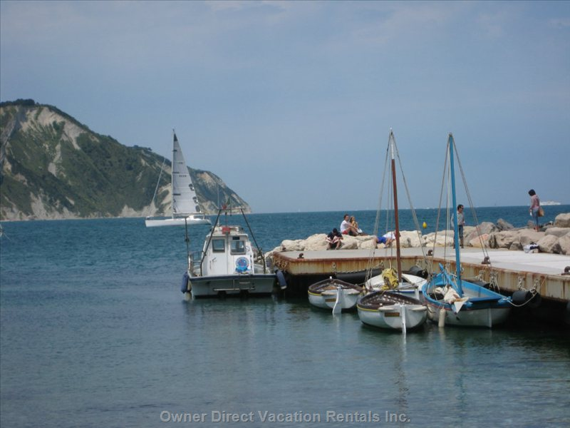 Portonovo - Portonovo is about an Hours Drive from the House and has a Superb Seafood Restaurant, IL Molo