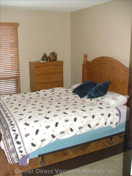 2 Rooms with Queen Beds