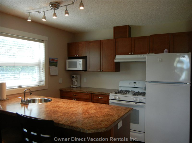 Kitchen - Fully Equipped with Fridge,Stove, Dishwasher
