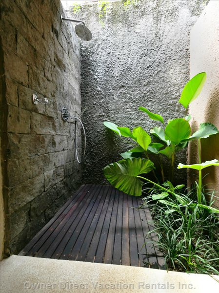 Indoor/Outdoor Shower with Hot/Cold Water