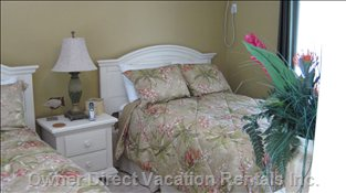 Guest Bedroom - Guest Bedroom has 2 Double Beds and Full Bath