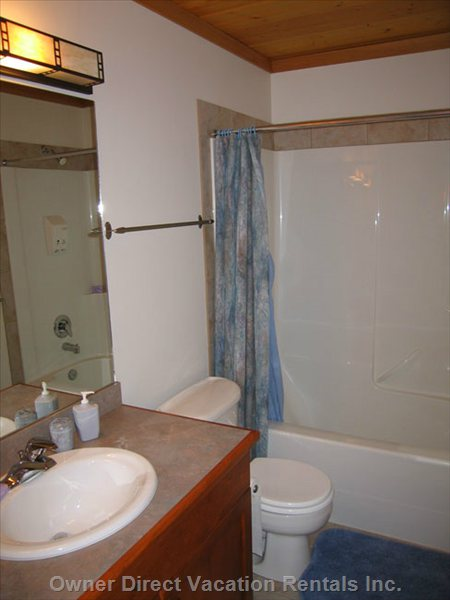 Bathroom on the 2nd Level has a Tub/Shower Combo