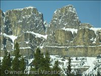 Enjoy the Scenic Views on your Way to Radium, There's so much to See & Explore on Hwy 93
