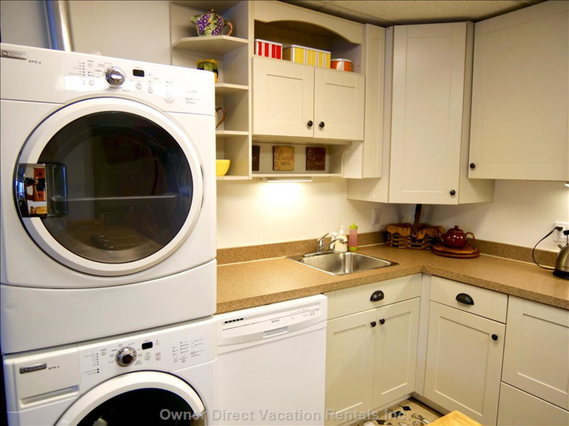 Washer/Dryer - Lower Level