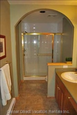 Master Ensuite   Large Shower