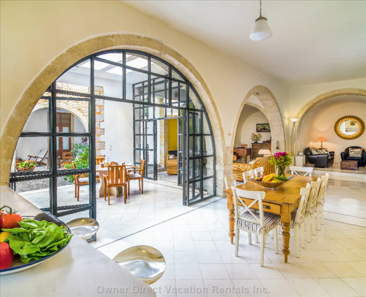 Kitchen View with an Open Space of 110m2 (1184 Sqft), Ceiling Heigh 3,60m (142 Inches)